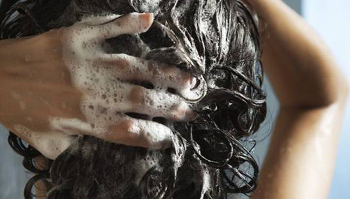 How-to-Choose-The-Right-Shampoo-For-Your-Hair